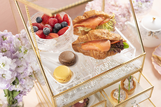 mixed-berries-smoked-salmon-croissant-and-macaron.jpg