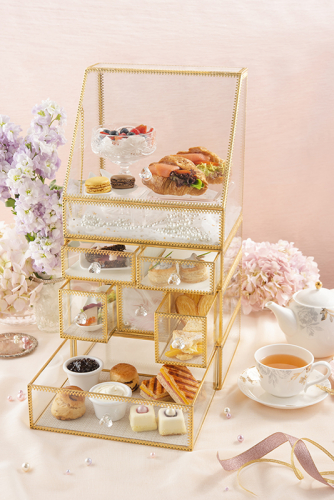 uptop-bistro-and-bar-brilliance-of-pearls-afternoon-tea-set-2.jpg