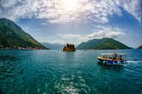 mussel-tasting-tour-by-speed-boat.-montenegro.jpg