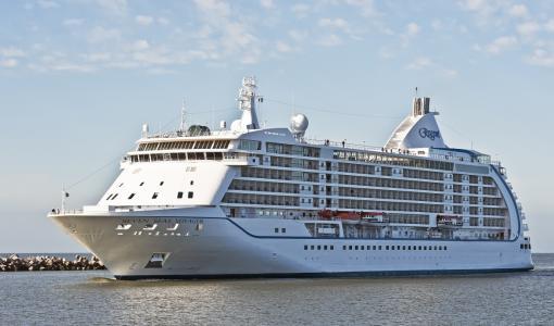 Regent Seven Seas Cruises wins Best Luxury Cruise Operator at TTG Travel Awards 2018
