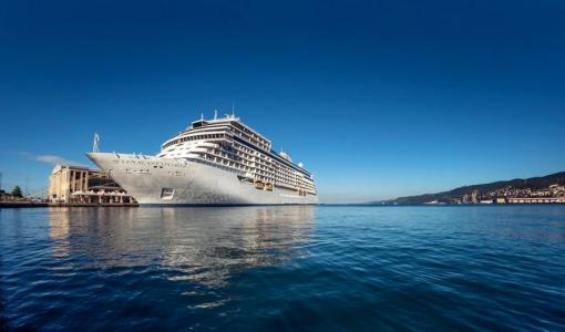 Regent Seven Seas Cruises wins Best Luxury Cruise Line - Asia Pacific, at the Travel Weekly Asia Readers' Choice Awards 2018