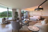 suite-at-ln-garden-hotel-nansha.jpg