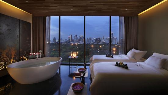 so-bangkok-so-anodarth-treatment-room.jpg