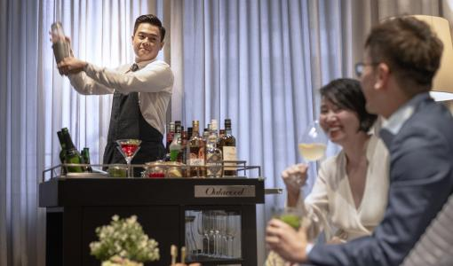 Oakwood Introduces Asia's First Mobile Club Lounge at Oakwood Premier Properties