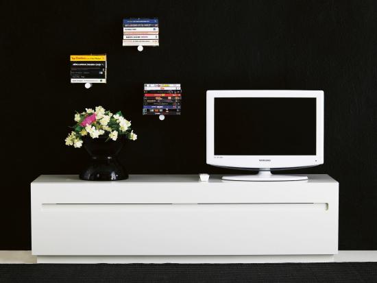 stow-media-bench-2.jpg