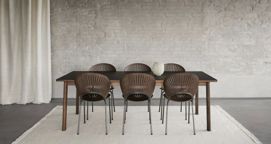 6490-ana-table-with-trinidad-chairs.png